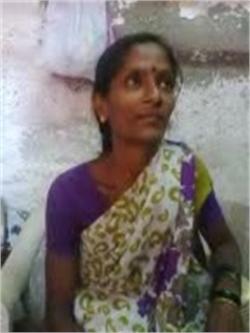 Trupti Vishwanath Apraj - Full time Maid and Cook and Baby Sitter in Laxmi Nagar in New Delhi